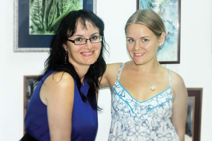 Олеся и Юлия Мелешкины – хозяйки галереи искусств «Мистерия Art»