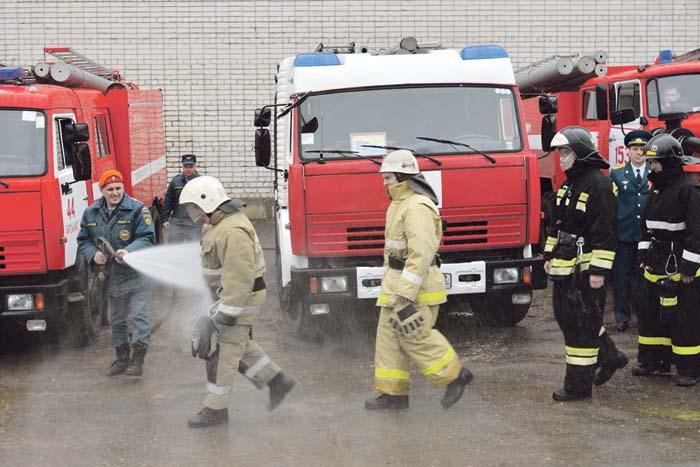 Неофициальный ритуал принятия в пожарные