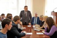 Со словами напутствия к молодежному активу Арзамасского района обращается глава администрации В.И. Демин